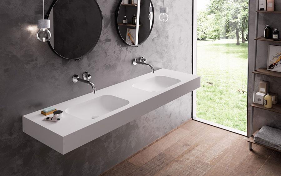 Modello di bagno con doppio lavabo di design n.32