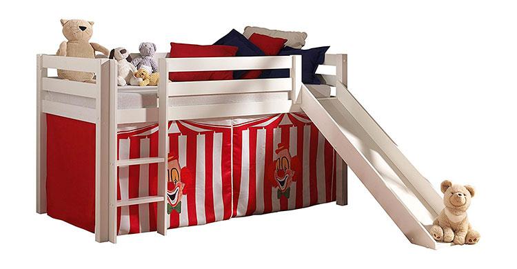Modello di letto a soppalco con scivolo per bambini n.07