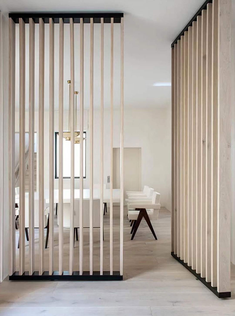 Idee per pareti divisorie in legno bianco n.01