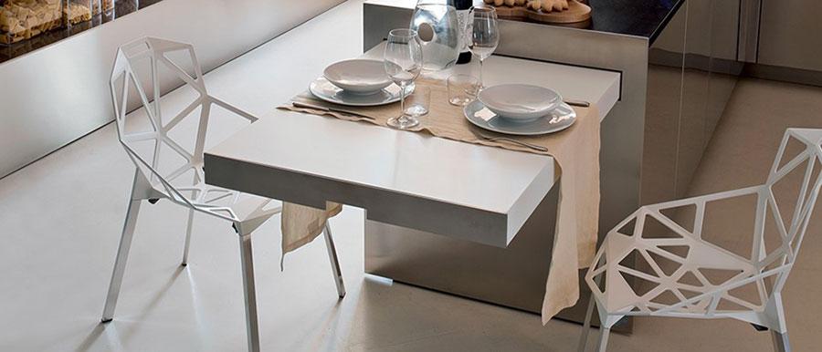 Cucina con tavolo a scomparsa n.13