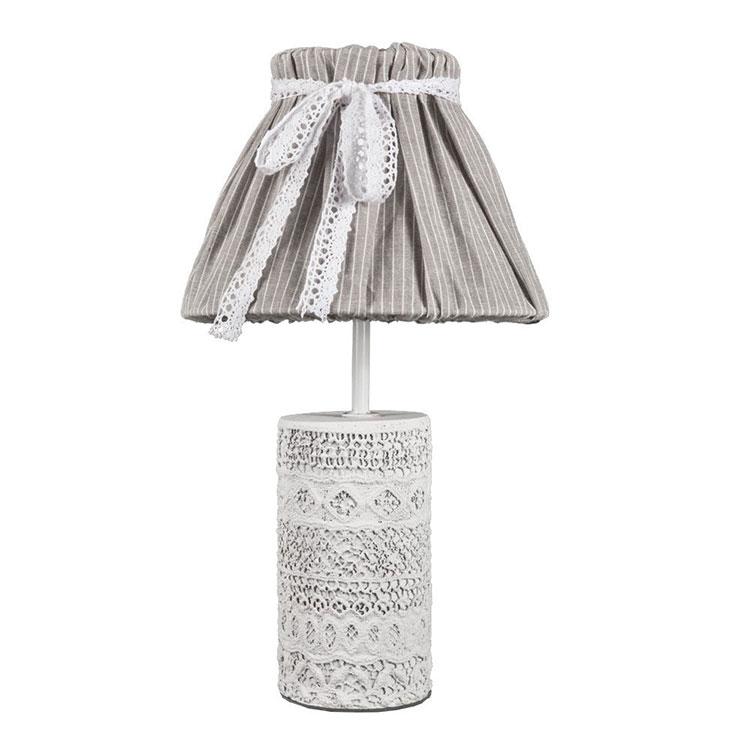 Modello di lampada da tavolo shabby chic n.02