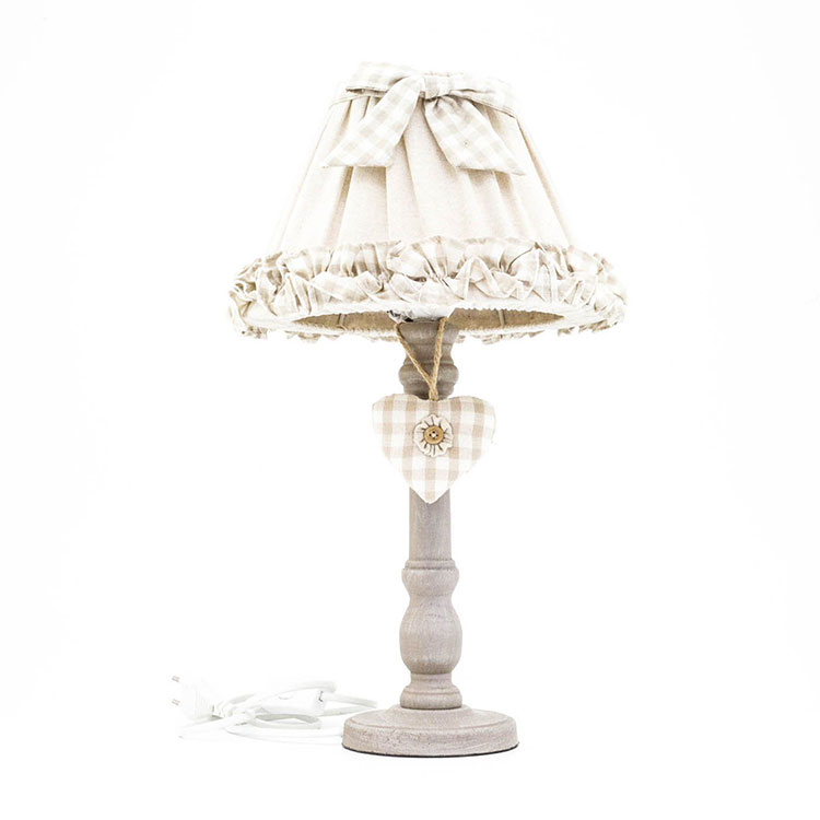 Modello di lampada da tavolo shabby chic n.09