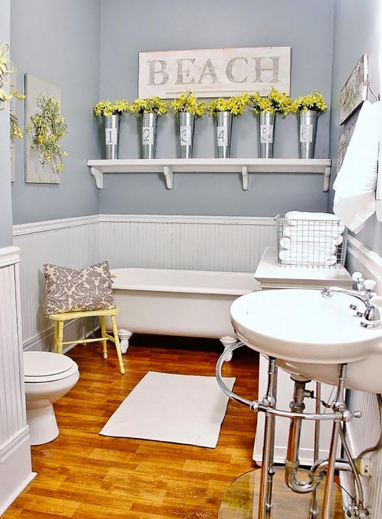 Come arredare un bagno piccolo 24 idee e soluzioni per diversi stili - Idee per rivestire un bagno ...