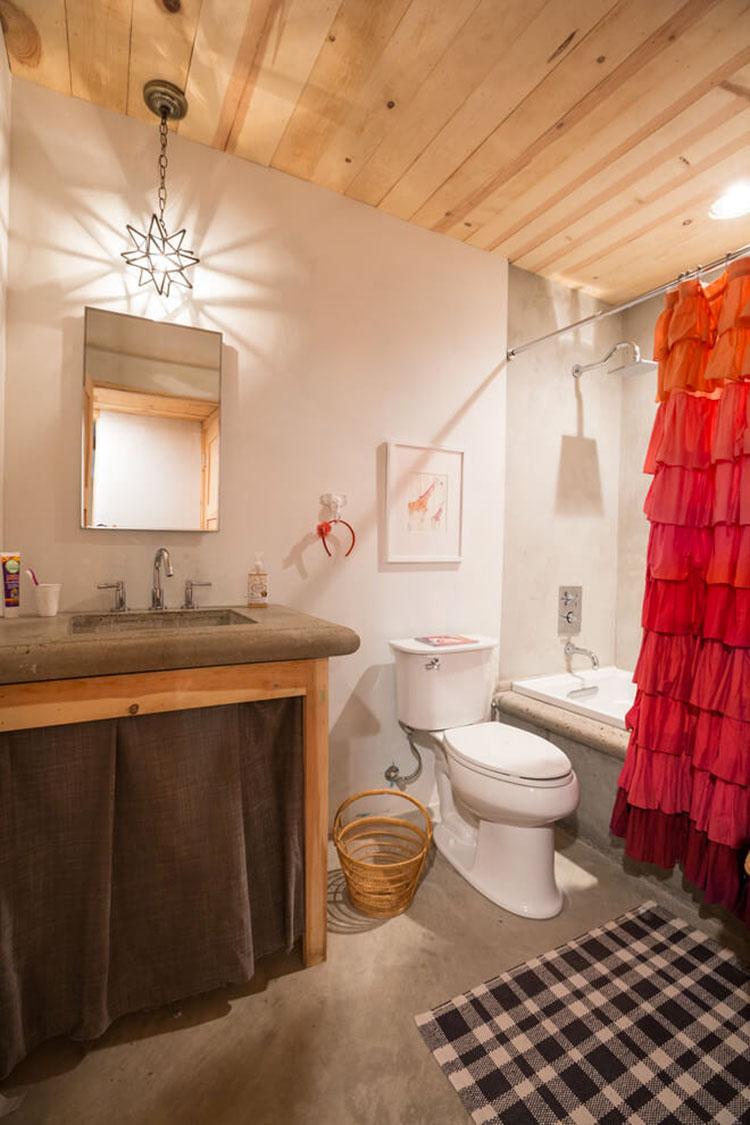 Idee per arredare un bagno piccolo n.24
