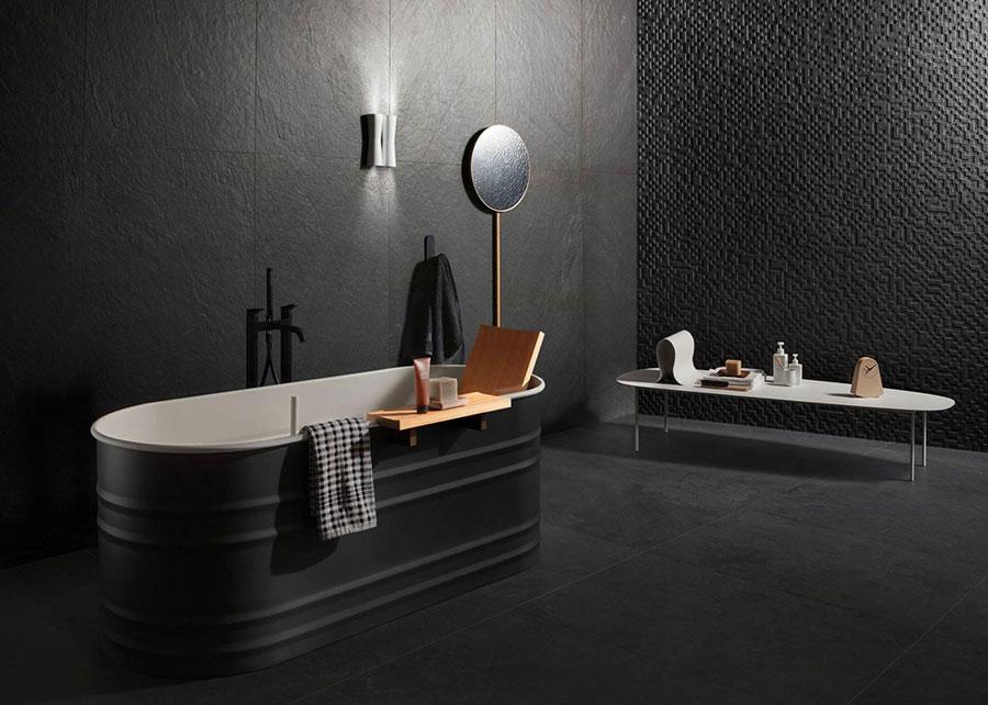 Progetto di bagno nero moderno n.01