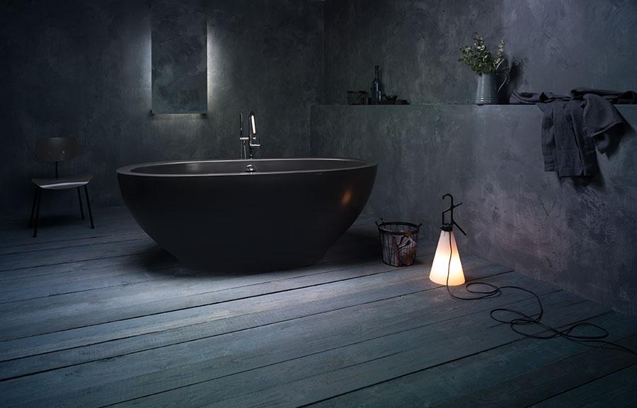 Progetto di bagno nero moderno n.17