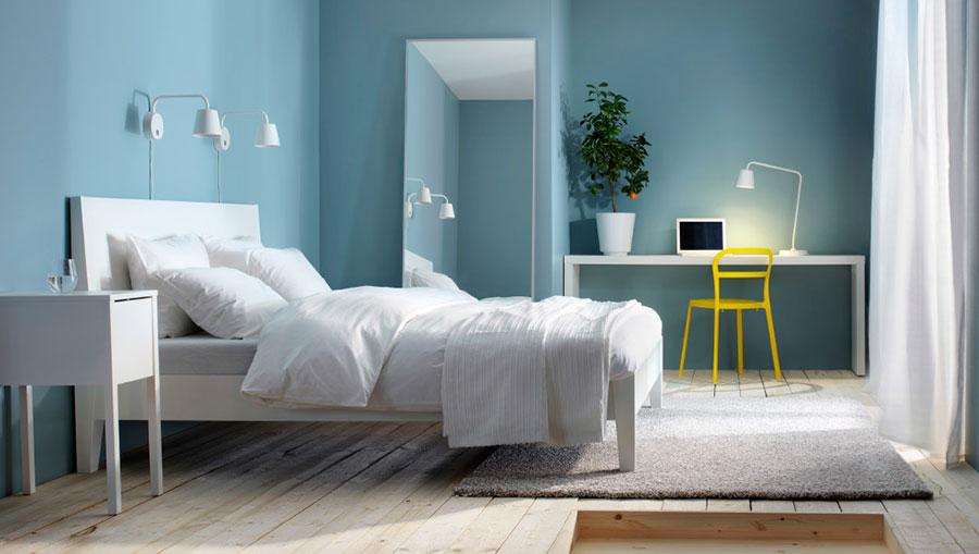 Camera da letto nella sfumatura blu pastello n.1