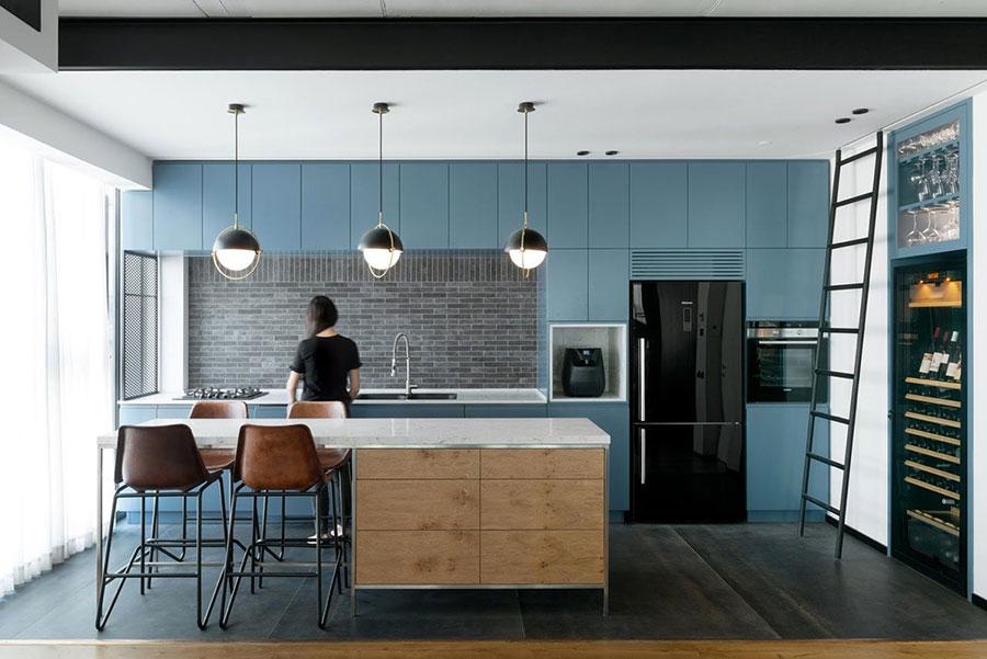 Idee per arredare una cucina blu n.09