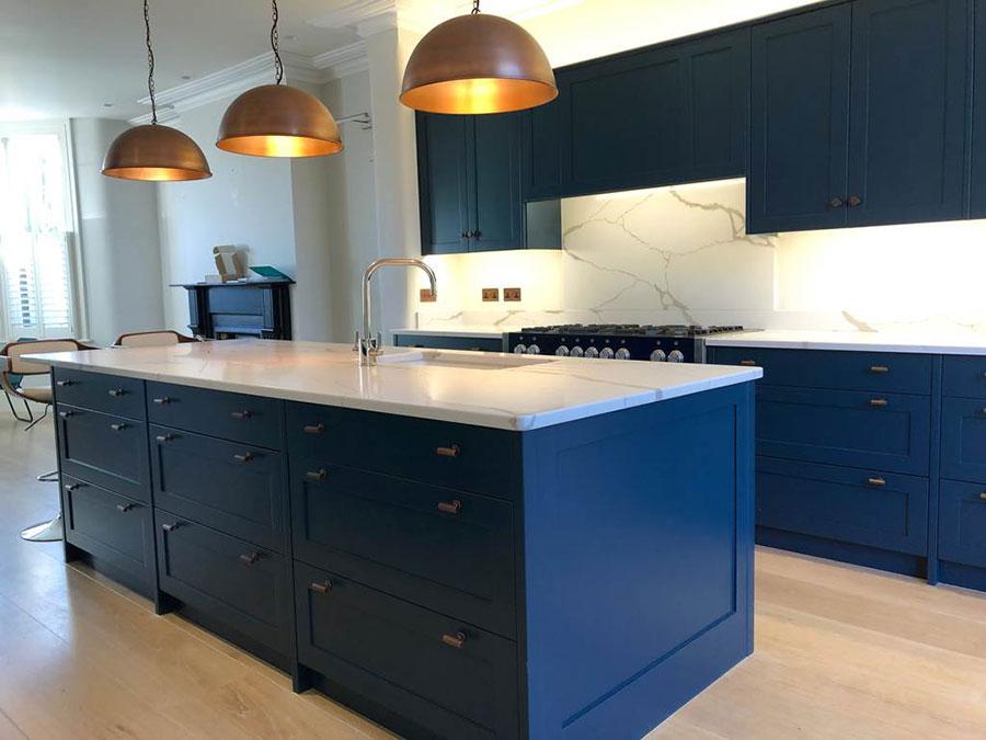 Idee cucina blu cobalto n.03