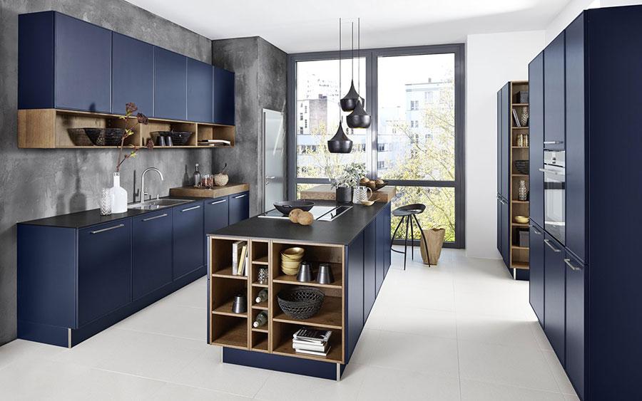 Idee cucina blu e legno n.02
