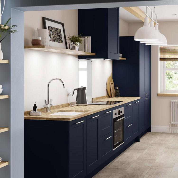 Idee cucina blu e legno n.05