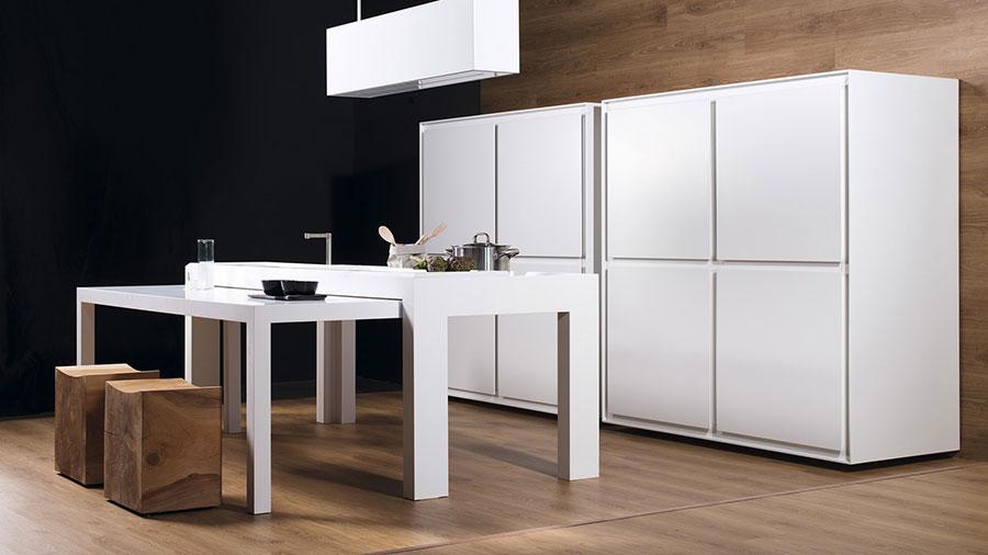 Modello di cucina lineare di design di TM Italia n.2