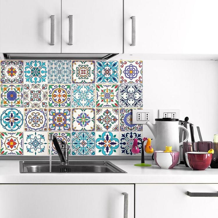 Piastrelle adesive per cucina 30 tipi di rivestimenti in - Piastrelle adesive cucina ...