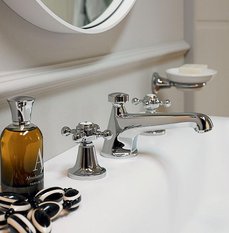 Modello rubinetto bagno vintage n.04