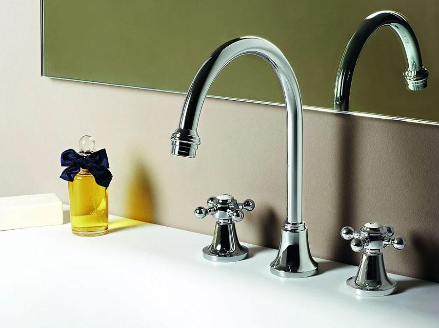 Modello rubinetto bagno vintage n.05