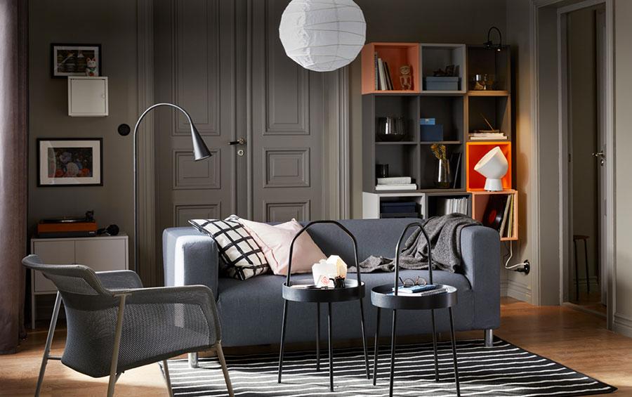 Idee per arredare un soggiorno con Ikea in stile classico moderno n.1