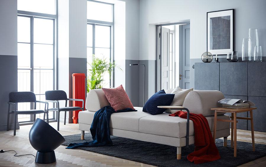 Idee per arredare un soggiorno con Ikea in stile classico moderno n.3