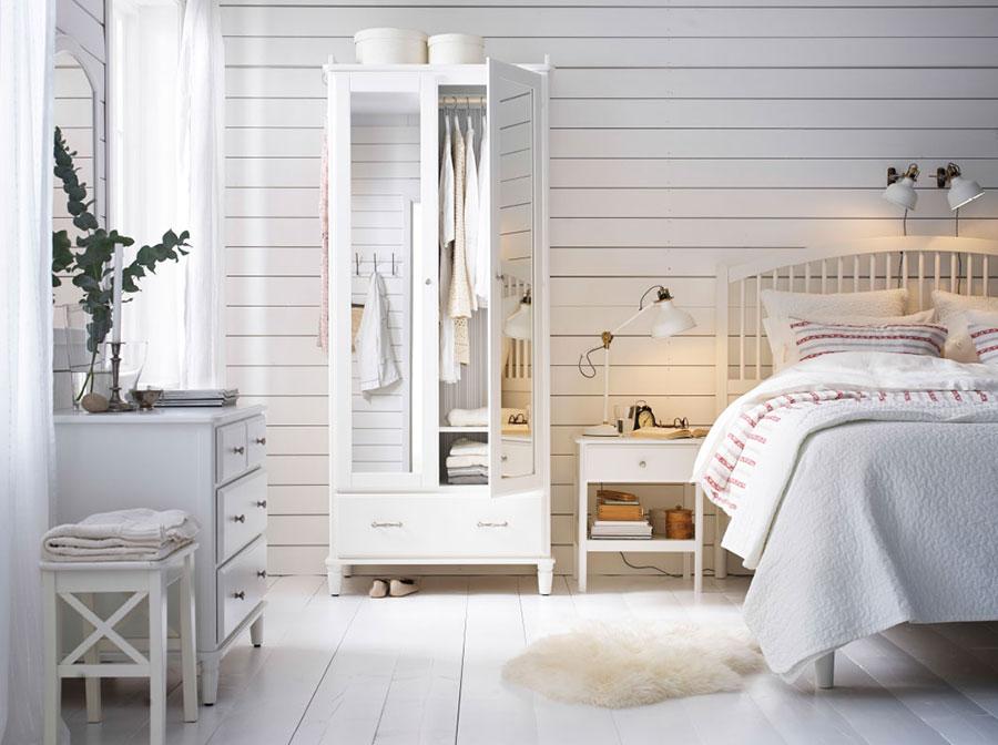 Idee per arredare una camera da letto shabby chic Ikea n.1