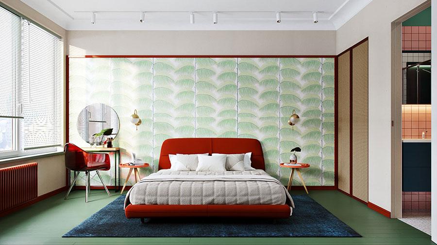Casa con arredamento vintage nelle tonalità del rosso, blu e verde n.12