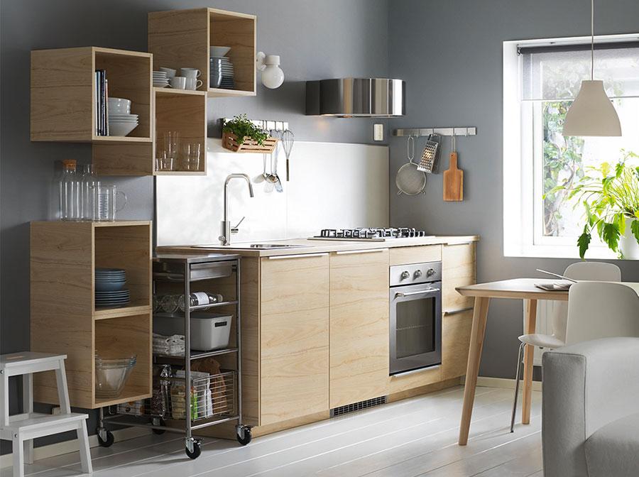 Modello di cucina per monolocale di Ikea n.1