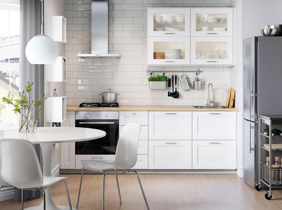 Modello di cucina per monolocale di Ikea n.3
