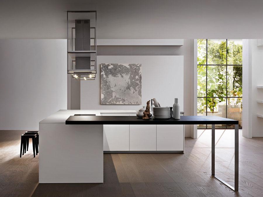 Modello di cucina senza pensili n.16