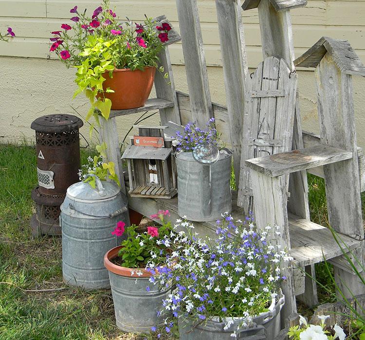 Idee per arredare un giardino shabby chic n.16