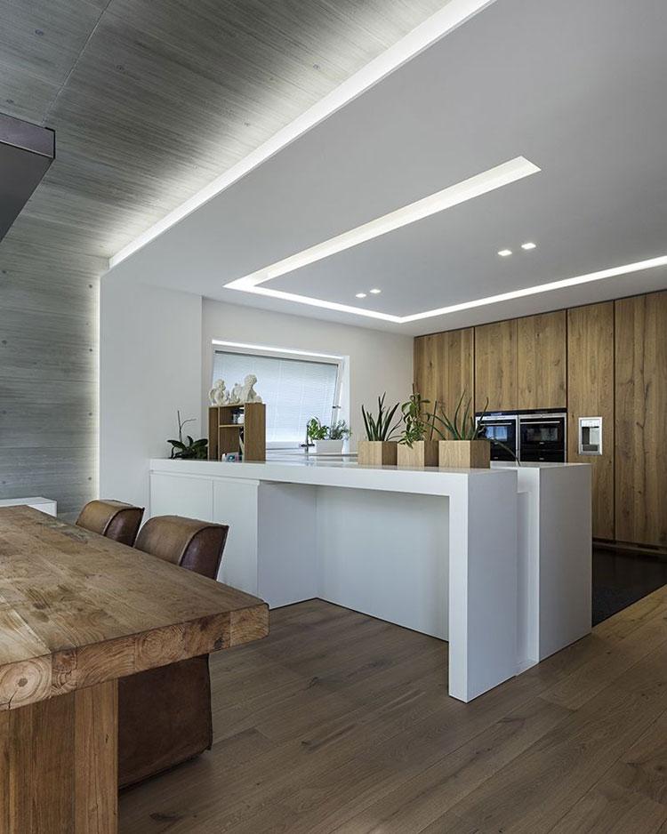 Idee illuminazione per cucine senza pensili n.04
