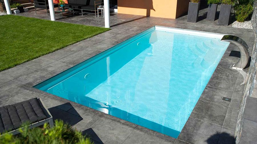 Modello di piscina prefabbricata n.06