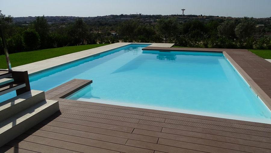 Modello di piscina prefabbricata n.11