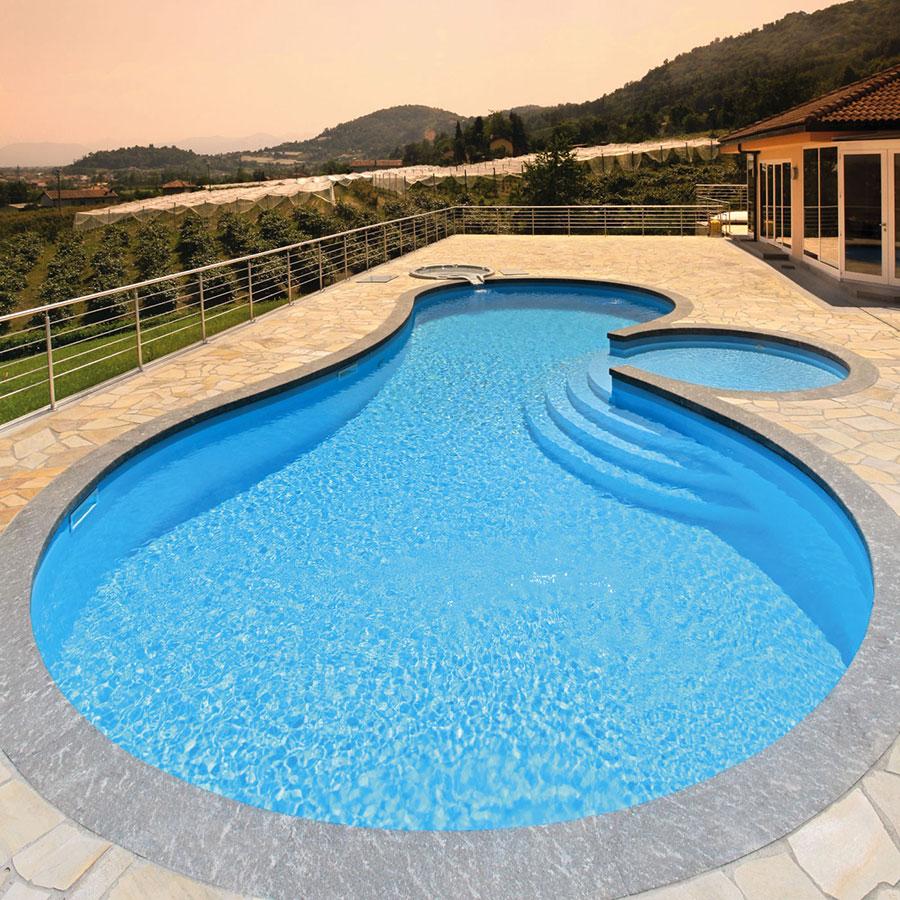 Modello di piscina prefabbricata n.14