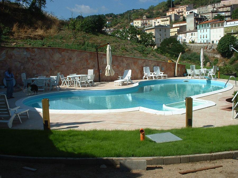 Modello di piscina prefabbricata n.15