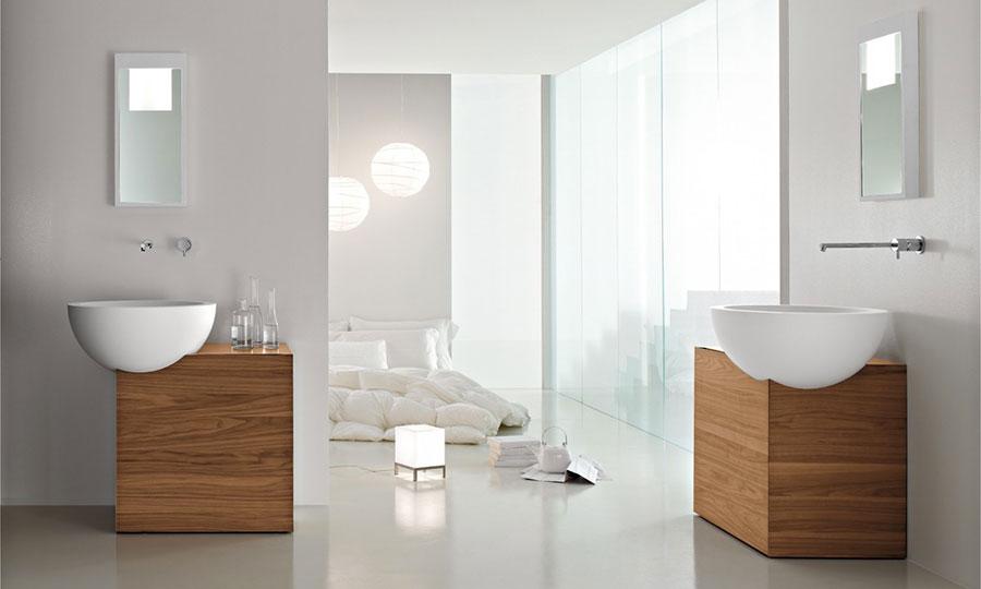 Arredamento per bagno bianco e legno n.14