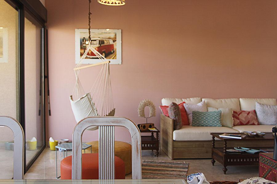 Idee per usare il colore rosso corallo in una casa al mare n.01