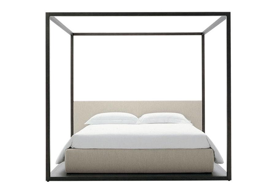 Modello di letto matrimoniale con baldacchino marca B&B Italia 01