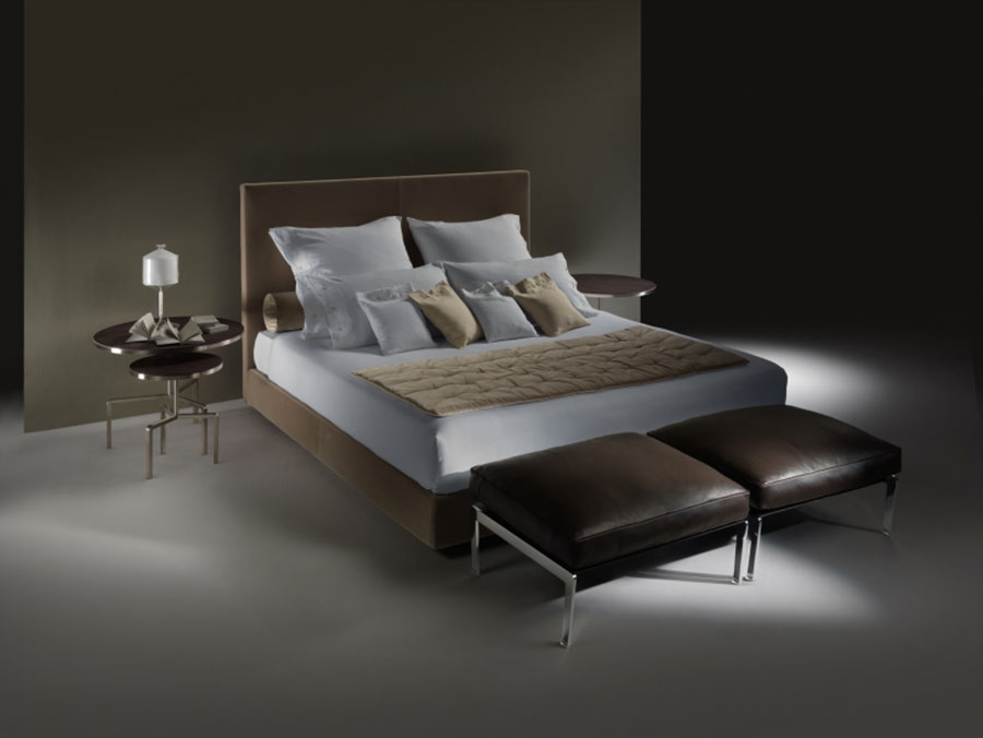 Modello di letto matrimoniale con contenitore marca Flexform 01