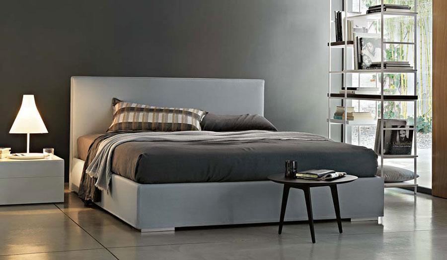 Modello di letto matrimoniale con contenitore marca Lema 01