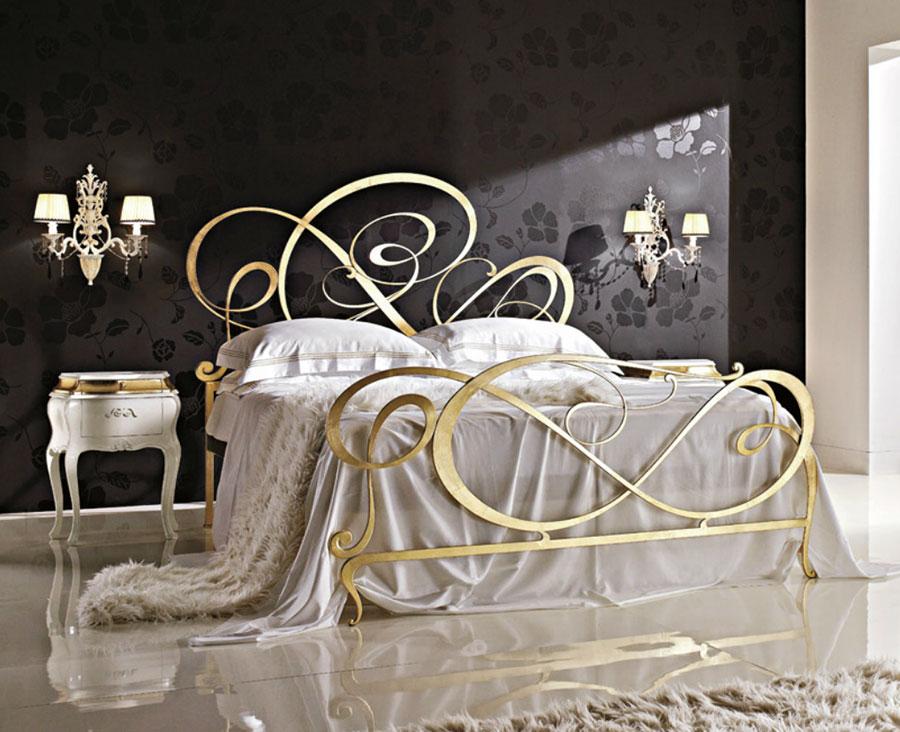 Modello di letto matrimoniale in ferro battuto marca Bova 02
