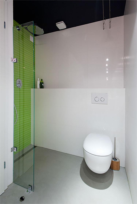 Progetto per bagno piccolo moderno n.44