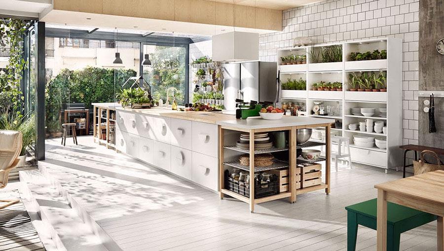 Modello di cucina con isola Ikea n.01