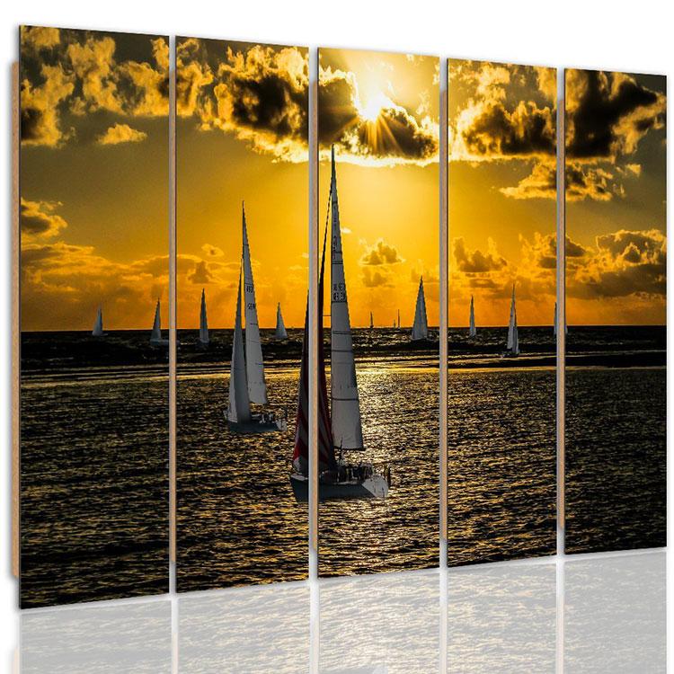 Modello di quadra per casa mare con barche n.05