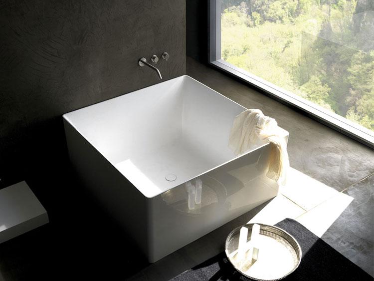Modello di vasca da bagno quadrata da appoggio n.01