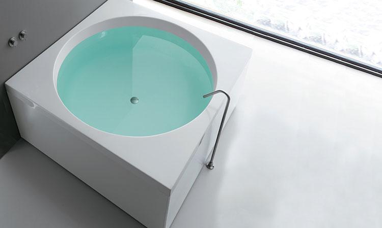 Modello di vasca da bagno quadrata da appoggio n.02