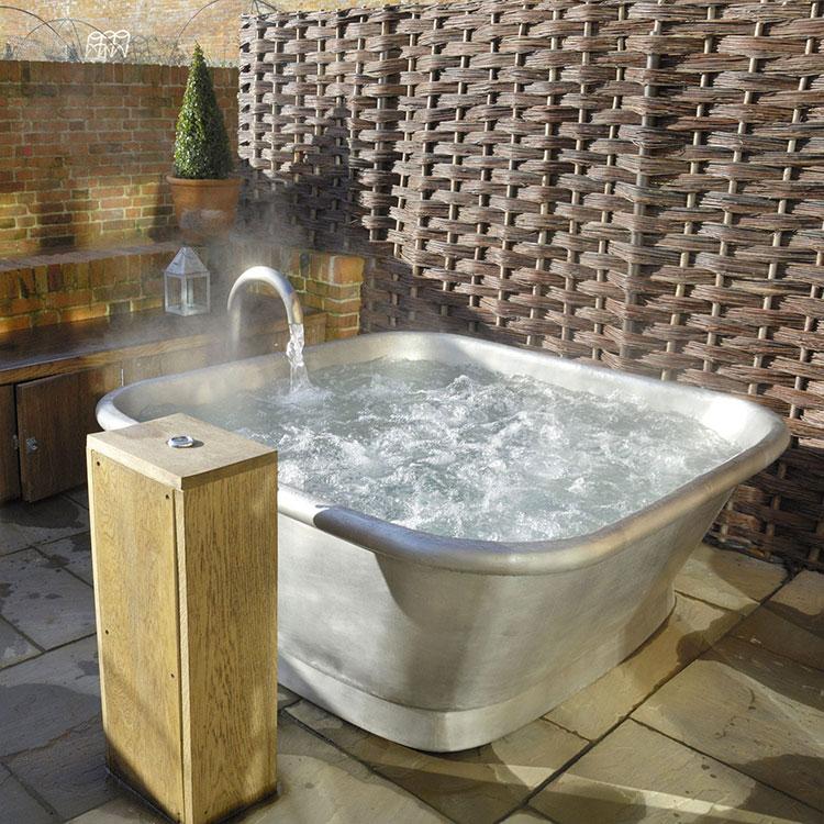 Modello di vasca da bagno quadrata da appoggio n.10