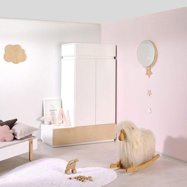 Modello di armadio per la cameretta dei bambini n.13