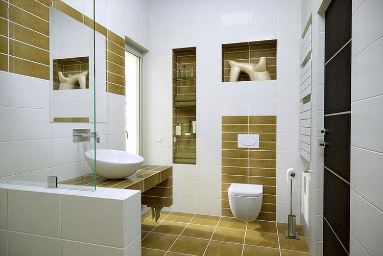 Abbinamento di bianco e oro per le pareti del bagno n.01