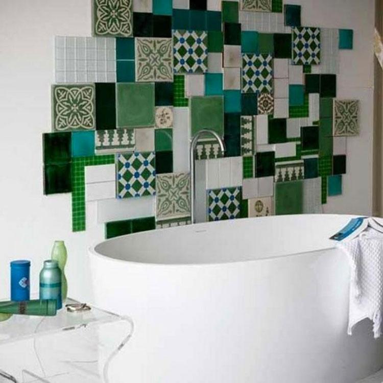 Abbinamenti multicolore per le pareti del bagno n.04