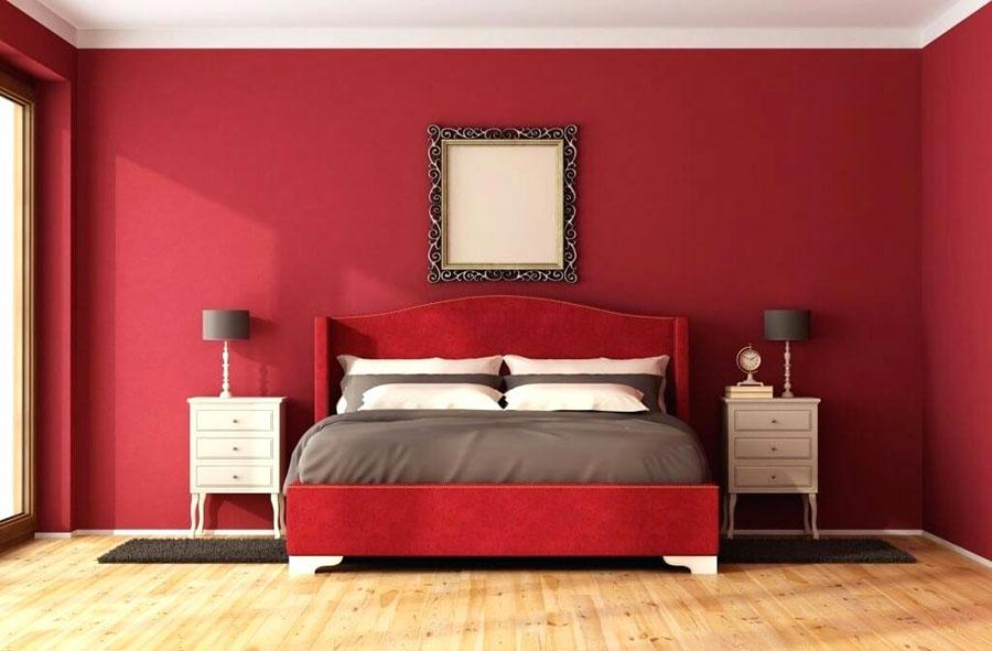 Idee per arredare e decorare una camera da letto con il rosso n.02
