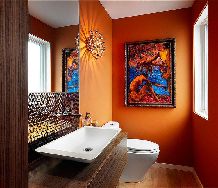 Bagno con pareti arancione n.01