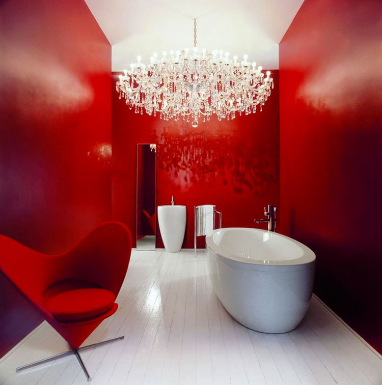 Bagno con pareti rosse n.03